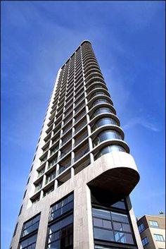 Vesteda-toren Plaats:Eindhoven  Architect: Jo coenen