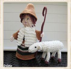 Santons de Provence - herder  - for crochet nativity set
