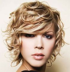 Choppy Bob Hairstyle with Curls