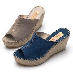 【楽天市場】【Vidorreta ~Made in Spain~】スペイン製エスパドリーユ☆ベロア素材☆少し深めのウェッジソールシンプルミュールサンダル/JEANS、TOPO、ヒール8cm:南青山rev k shop Shoe Boots, Shoes Sandals, Winter Slippers, Flip Flop Shoes, Pretty Shoes, Shoe Collection, Your Shoes, Skechers, Wedge Heels