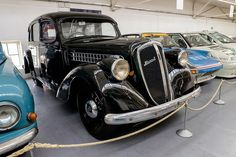 A luxurious car made mainly for diplomatic service, only 54 were made. Vintage Cars, Antique Cars, Car Makes, Automobile, Adventure, Vehicles, Classic, Advertising, Eye