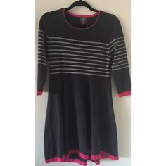 Vince Camuto Dress This is so beautiful and has no flaws on it at all! Soft, knit material. NO TRADES PLEASE Vince Camuto Dresses