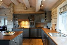 home design dream Rustic Kitchen, Kitchen Dining, Kitchen Decor, Kitchen Cabinets, Cabin Homes, Log Homes, Küchen Design, House Design, Interior Design