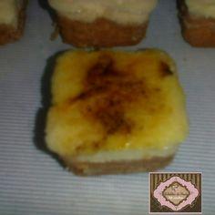 Tortinha de creme brulée.