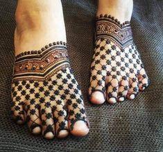 Latest eid mehndi design for foot