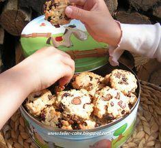 teller-cake: Áfonyás-joghurtos zabkeksz - amikor a szükség törvényt bont....:) Cauliflower, Biscuits, Cereal, Cookies, Vegetables, Breakfast, Cake, Bonn, Crack Crackers