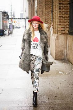 Candice Lake loves New York, yep, but fur, printed pants, and wide-brimmed hats as well #streetstyle #NYFW