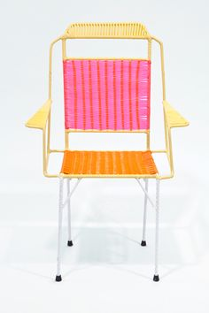 Marni used repurposed metal and PVC thread to create this series of woven chairs. They used 20 colours, 7 models and 21 variations to create 80 chairs, 10 deckchairs, and 10 tables.