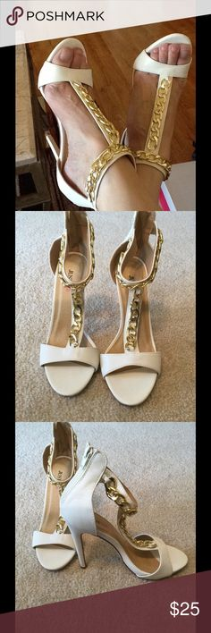 "White with Chain Accents BNWOB Size 7.5, heel 4.5"" JustFab Shoes Heels"