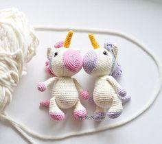 Este lindo unicornio está terminado y listo para enviar! Perfecto para una guardería temática Unicornio, regalos de bebé o para cualquier amante del unicornio! Haría el regalo perfecto para cualquier ocasión!  ____________________  Tamaño: 18 cm (7 pulgadas)  * viene de un hogar para no fumadores  Si este unicornio no es su estilo, pero todavía quiere un animal tierno, Compruebe hacia fuera nuestros otros animales: https://www.etsy.com/ru/shop/EMERENstore Estamos segu...