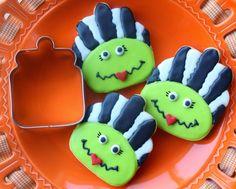 Munchkin Munchies: Bride of Frankenstein Cookies via a Cookie Jar Cutter