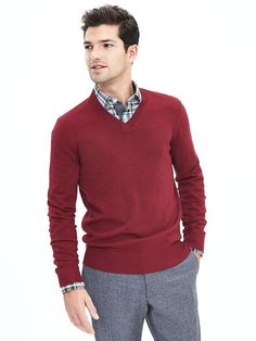 Extra-Fine Merino Wool Vee Sweater Pullover | Banana Republic