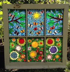 how to make glass mosaic window art Mosaic Flowers, Stained Glass Flowers, Faux Stained Glass, Stained Glass Panels, Butterfly Mosaic, Mosaic Projects, Stained Glass Projects, Stained Glass Patterns, Mosaic Art
