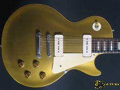 1956 Gibson Les Paul goldtop. Trivia: 1956 is last year this guitar came with p90 pickups.