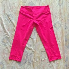 NWOT Asics Team 3/4 Capri Tight Never worn! Bought wrong size and was too lazy to send back  Crazy comfortable! Great for running, yoga, etc. Pink color matches the pink in my other listing for the Roxy shirt! Great little outfit and discounted if you bundle! asics Pants Capris