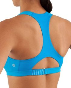 lululemon makes technical athletic clothes for yoga, running, working out, and most other sweaty pursuits. Tennis Clothes, Tennis Outfits, Mens Clothing Styles, Gym Clothing, Sports Bra Sizing, Athletic Outfits, Gym Wear, Sport Wear, Lounge Wear