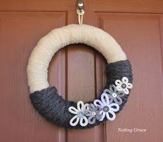 Noting Grace: Easy Knit Winter Wreath