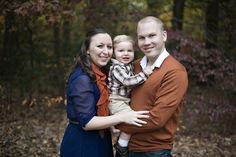 Rust orange and royal blue outfit ideas for fall family portraits