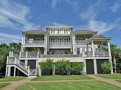 VRBO.com #279264 - Up to 20% Off Winter! Stunning Oceanfront Luxury Mansion with Pool