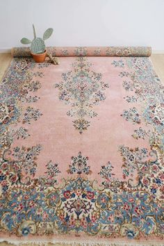 Rose Vintage Kleed, Kirman/Kerman.