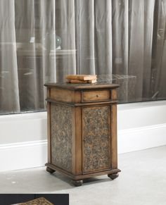 Embossed Design Chairside Chest | Hooker Furniture | Home Gallery Stores