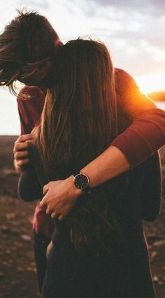 60 Cute Couple Pictures To Fall Totally In Love With - Parchen Fotos Cute Couples Photos, Cute Couple Pictures, Cute Couples Goals, Love Photos, Romantic Couples, Cute Couple Stories, Couple Ideas, Romantic Ideas, Couples In Love