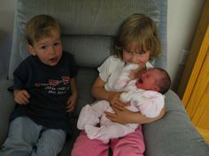 Birth Order Explained: It's Your Mother's Fault - Kristen Anne Glover Birth Order, Family Relations, Parenting Classes, Family Matters, Hilarious, Funny, Laughing So Hard, Raising Kids, Child Development