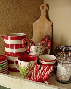 Cottage Christmas, Christmas Coffee, Christmas Kitchen, Christmas Goodies, Christmas Candy, Christmas Crafts, Christmas Decorations, Christmas Vignette, Christmas Plates