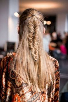 How to Chic: FISHTAIL BRAID INSPIRATION