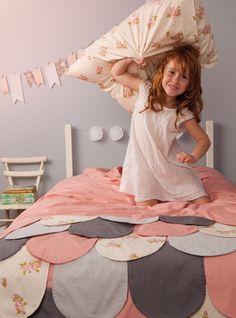 love mae - scallop bedding