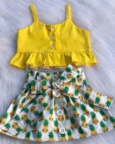 Toddler Baby Girls Pineapple T-shirt Vest Tops Skirts Outfits Summer Sundress Kleinkind Baby Mädchen Ananas T-Shirt Weste Tops Röcke. Cute Baby Girl Outfits, Girls Summer Outfits, Dresses Kids Girl, Cute Baby Clothes, Baby Girls, Toddler Summer Clothes, Fall Toddler Outfits, Baby Girl Tops, Fashion Kids