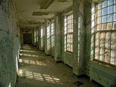 Georgia's Central State Hospital, Rotting Corridor