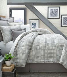 Moderne by Noble Excellence Kennan Comforter Mini Set
