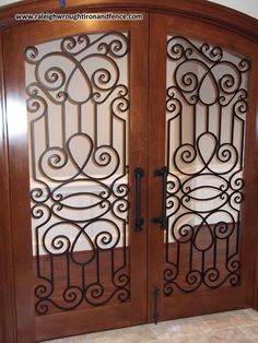 Arts And Crafts For Seniors Code: 8843538119 Wrought Iron Driveway Gates, Iron Accessories, Arts And Crafts House, Crafts For Seniors, Picture Frames, Pottery, Doors, Metal, Furniture