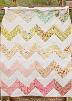 Make a chevron quilt the easy way!  Also shows how to make a pinwheel and diagonal stripe with same technique!