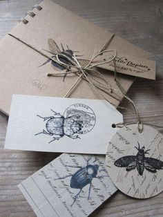 Love the layering of bugs over text - Kalender &Organisation - Card Tags, Gift Tags, Cards, Origami, Paper Art, Paper Crafts, Karten Diy, Paper Packaging, Packaging Design