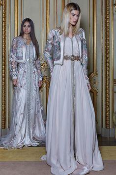 Morrocan Dress, Moroccan Caftan, Arab Fashion, Royal Fashion, Caftan Dress, Dress Skirt, Modest Fashion, Fashion Dresses, Embroidery Fashion