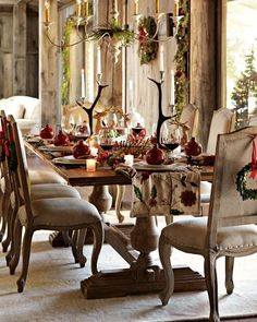 Beautiful table for Christmas from William Sonoma  #placesetting #party #festive #swf2012