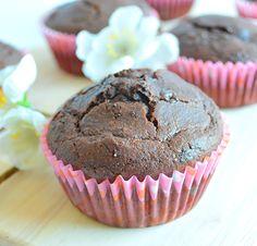 Postres Saludables | Cupcakes integrales de Nutella casera | http://www.postressaludables.com