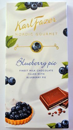 Blueberry pie flavour milk chocolate from Finland. I Love Chocolate, Chocolate Coffee, Chocolate Filling, Pie Flavors, Flavored Milk, Chocolate Packaging, Blueberry, Place Card Holders, Treats