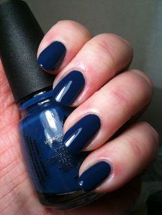 Favorite nail polishes: China Glaze - First Mate #royal #true #blue