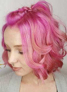 Short Hairstyles for Women with Thin/ Fine Hair: Curly Bob #thinhair shorthairstyles #finehair