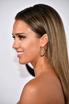 Jessica Alba - Arrivals at the People's Choice Awards
