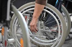 Исељавају војног инвалида, Комесаријат тврди - по закону - http://www.vaseljenska.com/wp-content/uploads/2017/11/invalidi.jpg  - http://www.vaseljenska.com/drustvo/iseljavaju-vojnog-invalida-komesarijat-tvrdi-po-zakonu/
