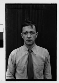 Walker Evans : Self-portrait on roof of 441 East 92nd Street, New York City, 1936-41