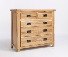The Westbury Reclaimed Oak 2 over 3 drawer chest offers great bedroom storage. We think that the dark metal handles offset the oak wood beautifully.