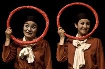 El viaje de la niña álbum en el VIII Festival De Teatro De Bogotá