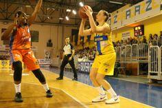 Basket, è una Lavezzini che non ci si crede: finisce 60 a 67 a Napoli