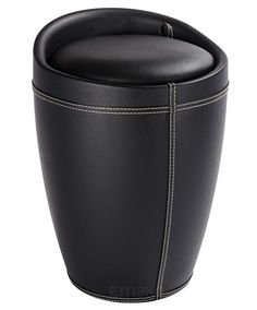 Skórzana pufa CANDY BLACK - kosz na pranie, 2 w 1, WENKO.  Piękny i praktyczny schowek na bieliznę i ubrania.