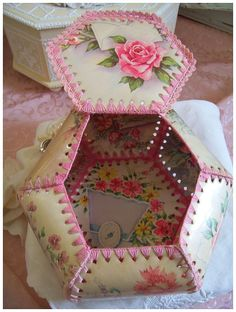 Vintage Rose Postcard Card Box.